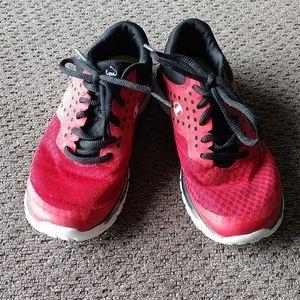 Boys Champion tennis shoes
